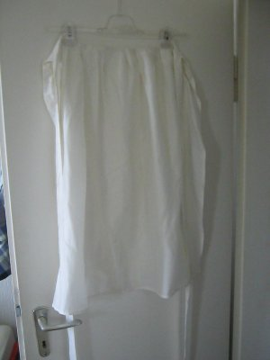 Traditional Apron white