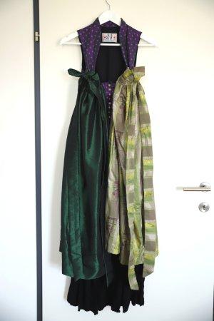 Dirndl Stockerpoint in violett/schwarz mit 2 Schürzen