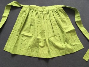 Traditional Apron grass green