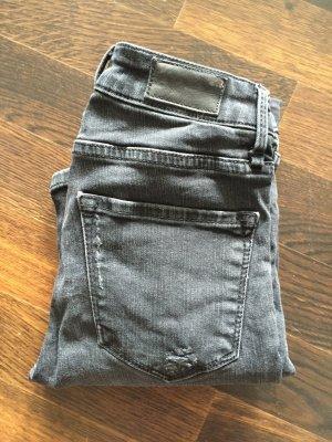 Distressed Look skinny Jeans von zara
