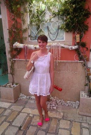 Divina Kleid Spitze Lace Spitzenkleid Minikleid