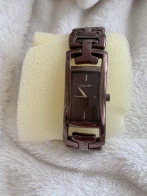 DKNY Orologio con cinturino di metallo marrone scuro