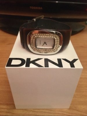 DKNY Damenuhr schwarz - silber