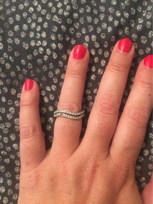 DKNY Srebrny pierścionek srebrny