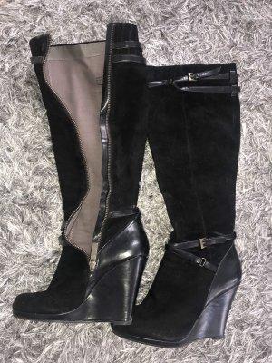 DKNY Stiefel in schwarz mit Keilabsatz