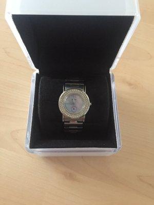 DKNY Uhr mit Metallarmband, Strass und Verpackung