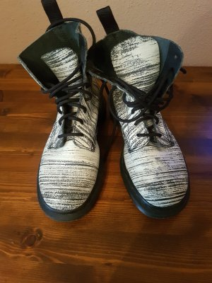 Doc Martens Chukka boot blanc-noir