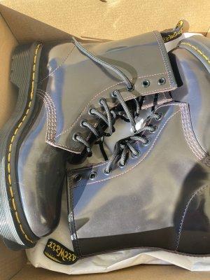 Doc Martens Boots NEU