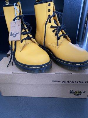 Doc Martens Botas del desierto amarillo Cuero