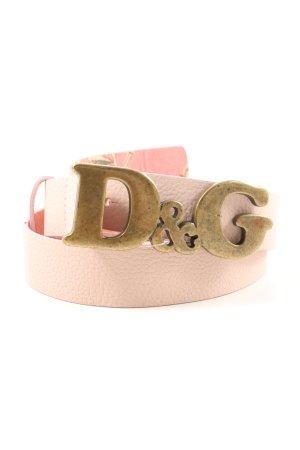 Dolce & Gabbana Cinturón de cuero rosa look casual