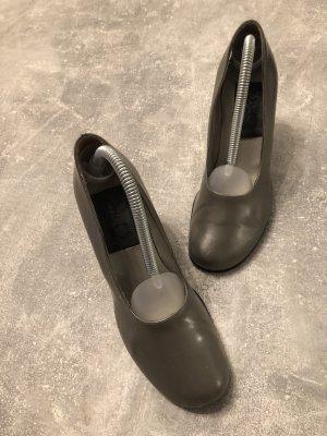 Dolce Gabbana Pumps Gr 36. KP 570€