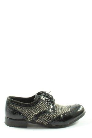 Dolce & Gabbana Veterschoenen zwart-wolwit Webpatroon casual uitstraling