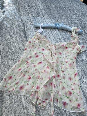 Dolce & Gabbana Shirt Top Bluse 100% Seide Blumen  Rüschen