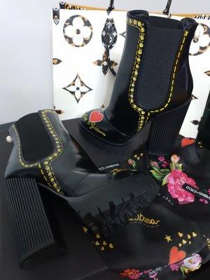 Dolce & Gabbana Stivaletto con plateau nero-rosso scuro