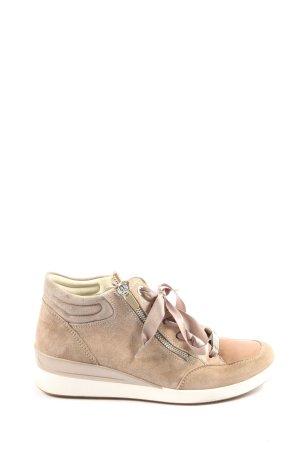 Donna Carolina High Top Sneaker