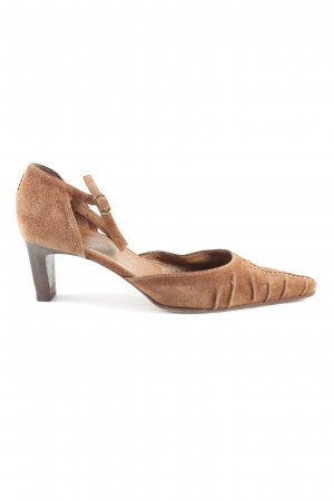 Donna Carolina Spitz-Pumps braun Casual-Look