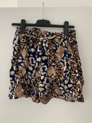 Dorothy Perkins Paperbag Shorts mit Animalprint