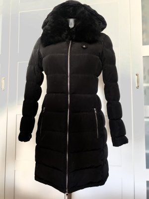 Escada Manteau en duvet noir