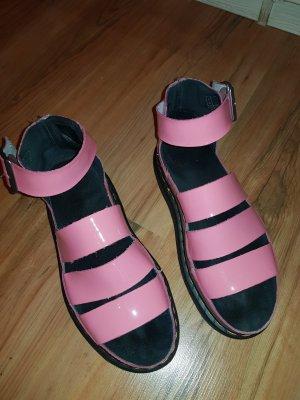 Dr. Martens Plateauzool sandalen roze