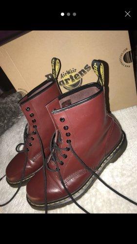 Dr. Martens Combat Boots bordeaux leather