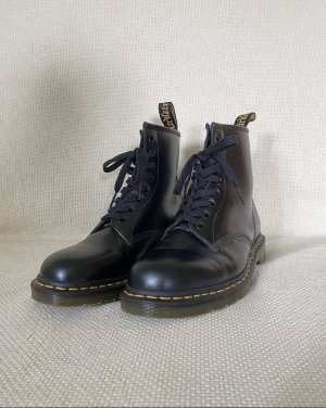 Dr. Martens Lace-up Boots black-yellow leather