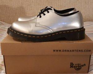 Dr. Martens Airways Scarpa Oxford argento
