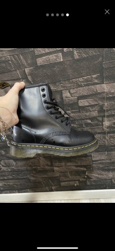 Dr. Martens Winter Boots black