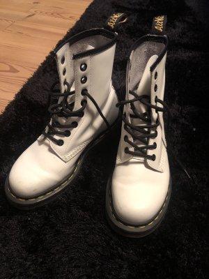 Dr. Martens Airways Combat Boots white