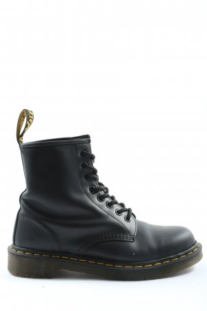 Dr. Martens Airways Lace-up Booties black casual look