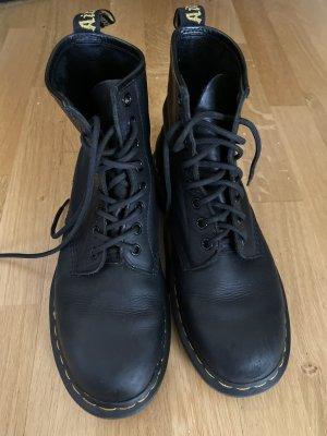 Dr. Martens Ankle Boots black