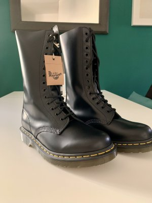 Dr. Martens Boots 1914 Smooth