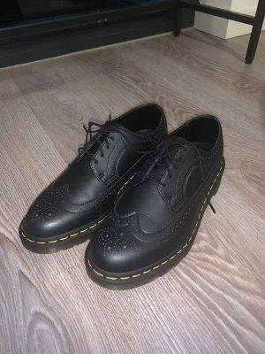 Dr. Martens Wingtip Shoes black