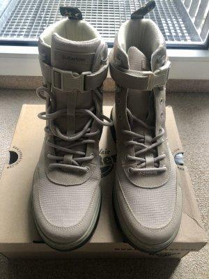 Doc Martens Combat Boots oatmeal