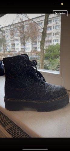 Dr. Martens Combat Boots black