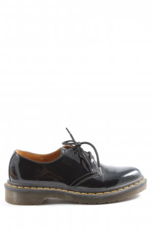 Dr. Martens Oxfords black casual look