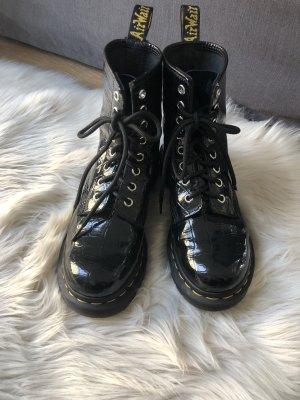 Dr. Martens Airways Bottes à lacets noir