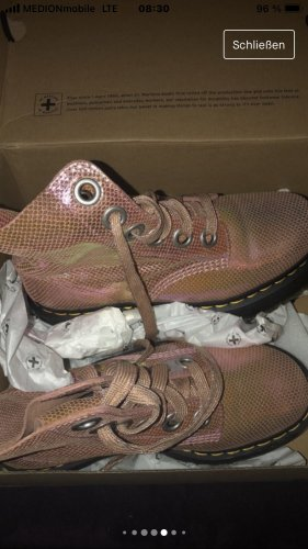 Dr. Martens Platform Boots rose-gold-coloured leather
