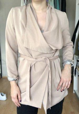 Drapierter Mantel zum binden in Wickeloptik
