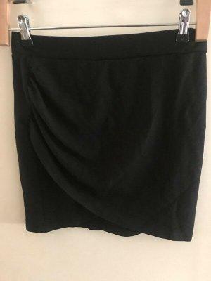 H&M Asymetryczna spódniczka czarny Wiskoza
