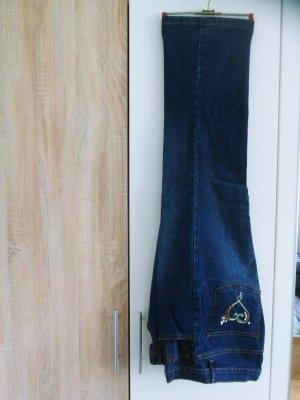 Drei Jeanshosen