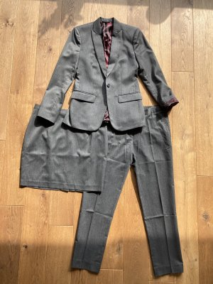 Business Suit grey