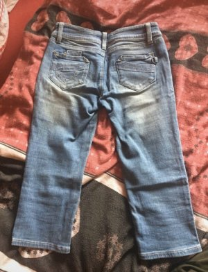 Dreiviertel Jeans blau
