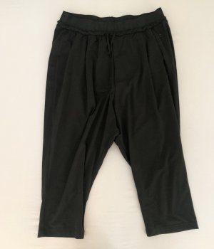 Dreiviertel Sporthose schwarz