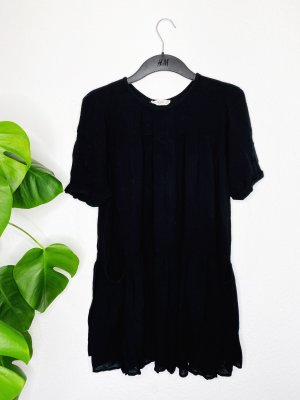 Dress // Black