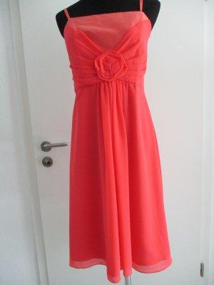 Dresses Unlimited Ball Dress apricot