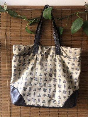 Drop Dead Shopper Tasche in beige grau mit Kunstleder