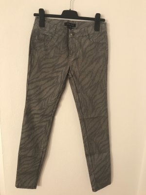 Druck-Jeans mit tollem Muster