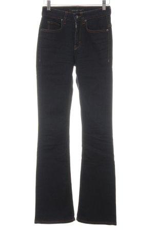 Drykorn Boot Cut Jeans dunkelblau Logo-Applikation aus Leder