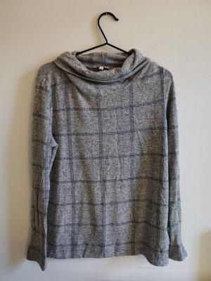 Dünner Pullover mit Rollkragen