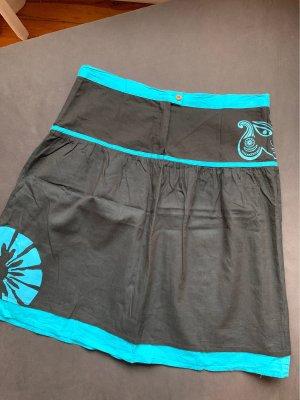 Celine Flared Skirt black-neon blue